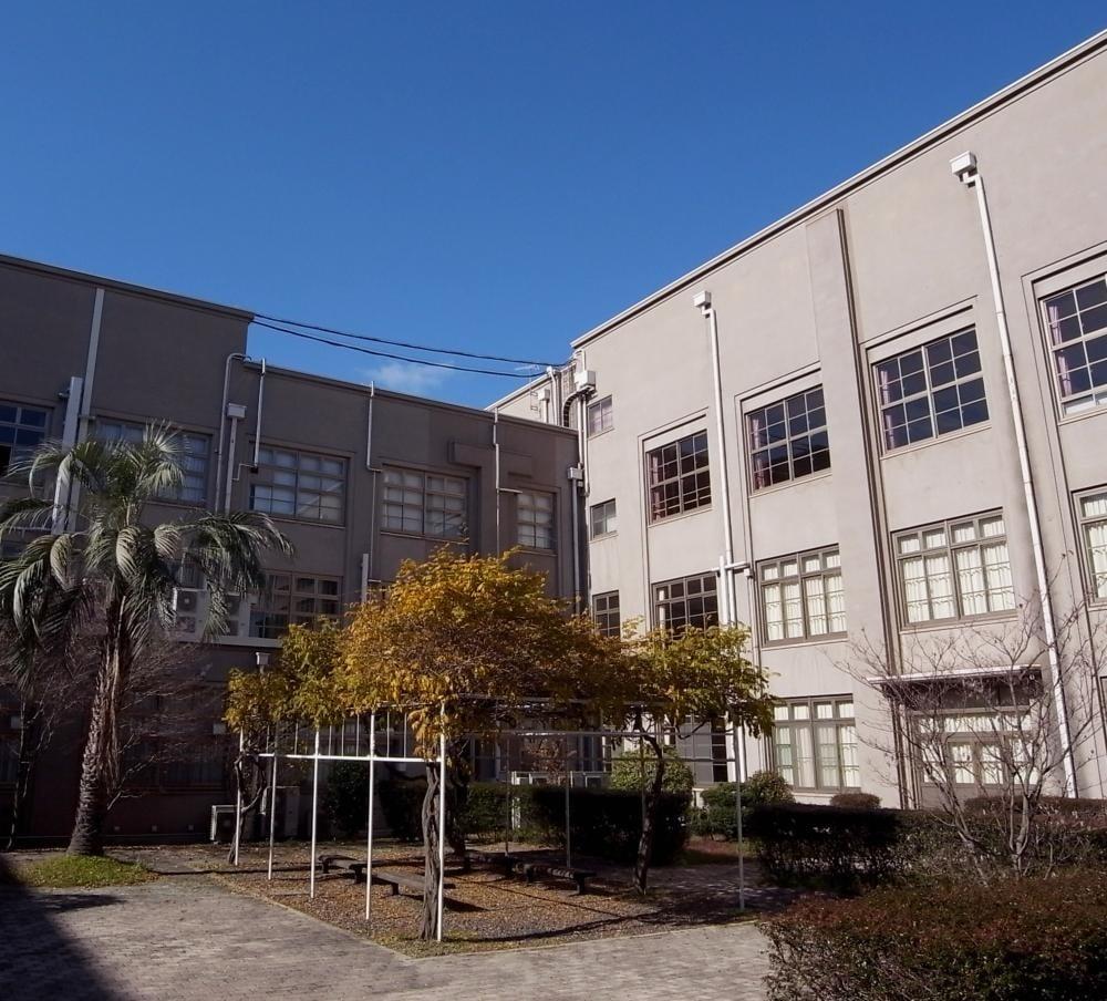 福山暁の星女子高等学校